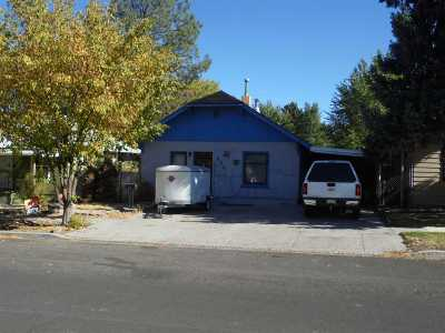 Elko Single Family Home For Sale: 420 Oak St