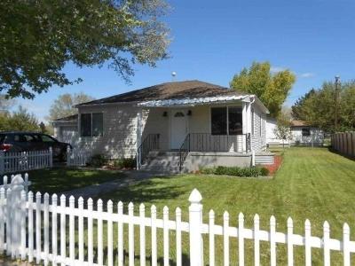 Wells  Single Family Home For Sale: 1311 Lake Avenue