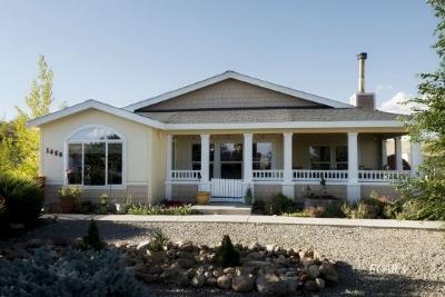 Elko Manufactured Home For Sale: 1650 El Dee Dr