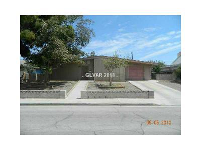 Las Vegas Single Family Home For Sale: 2484 Abarth Street
