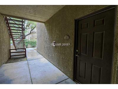 Condo/Townhouse Sold: 8250 North Grand Canyon Drive #1047