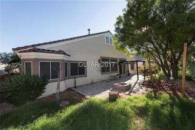 North Las Vegas Single Family Home For Sale: 204 Fox Crossing Avenue