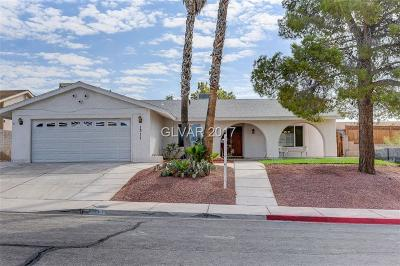 Boulder City Single Family Home For Sale: 1311 Esther Drive