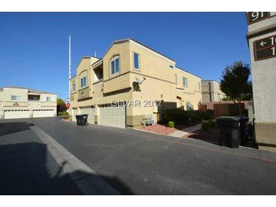 North Las Vegas Condo/Townhouse For Sale: 6328 Blowing Sky Street #102