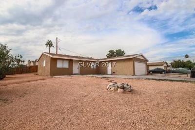 North Las Vegas Single Family Home For Sale: 2601 Seven Pines Place