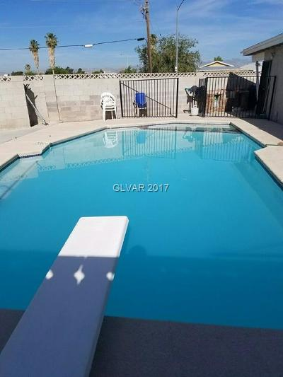 North Las Vegas Single Family Home For Sale: 3117 Diana Drive
