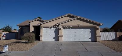 Las Vegas Single Family Home For Sale: 9012 Tumbling Pebble Way