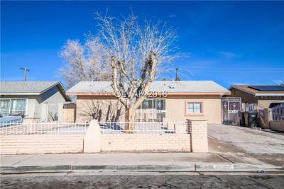North Las Vegas Single Family Home For Sale: 3200 Dillon Avenue