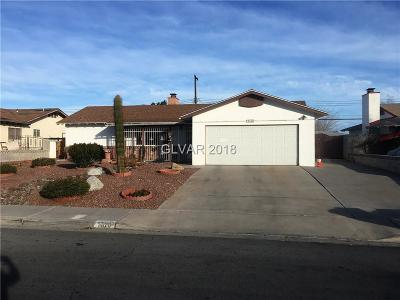 Las Vegas NV Single Family Home For Sale: $215,000