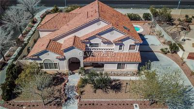 Single Family Home For Sale: 7701 Man O War Street
