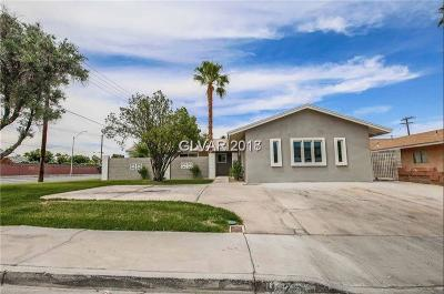Las Vegas Single Family Home For Sale: 2220 Glen Heather Way