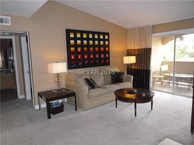 Las Vegas Condo/Townhouse For Sale: 5055 Hacienda Avenue #2110
