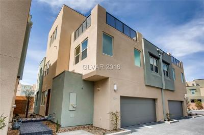 Las Vegas Single Family Home For Sale: 11381 Gravitation Drive