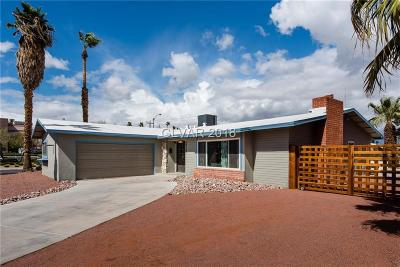 Las Vegas Single Family Home For Sale: 1518 Golden Arrow Drive