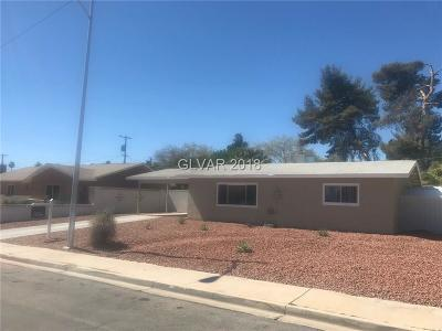 Las Vegas Single Family Home For Sale: 3257 Greenbriar Drive