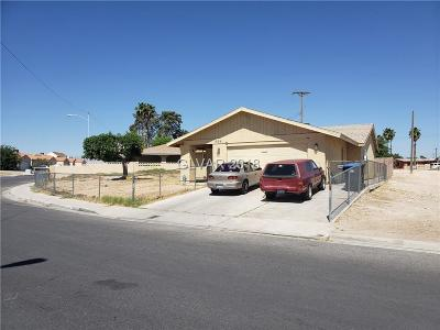 North Las Vegas Single Family Home For Sale: 698 Nelson Avenue