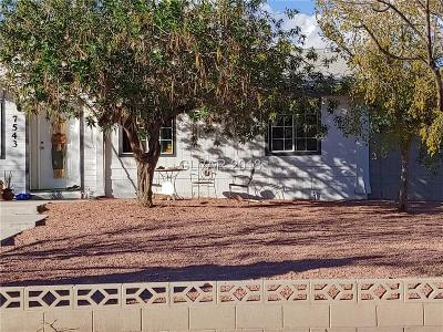 Las Vegas Single Family Home For Sale: 7543 North Torrey Pines Drive