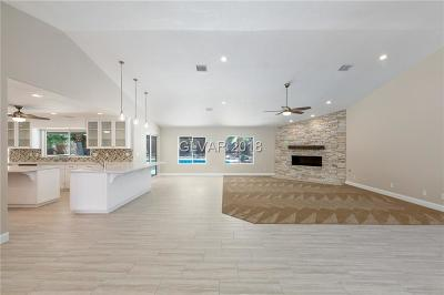 Las Vegas Single Family Home For Sale: 3131 Appleblossom Circle
