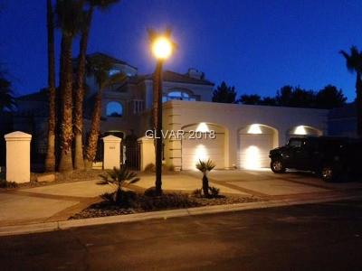 Las Vegas NV Single Family Home For Sale: $779,000