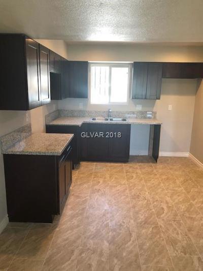 North Las Vegas Condo/Townhouse For Sale: 3505 Rio Robles Drive #D