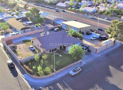 Las Vegas Single Family Home For Sale: 5400 Bat Masterson Circle