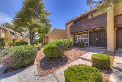 Las Vegas Condo/Townhouse For Sale: 4676 Comnor Hill Lane