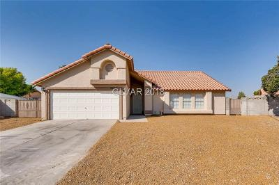 North Las Vegas Single Family Home Under Contract - No Show: 4423 Chipwood Court