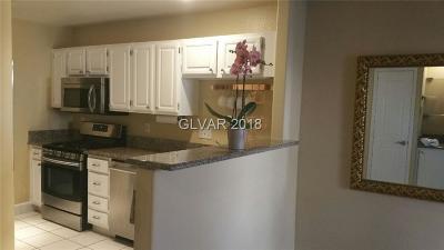 Las Vegas Condo/Townhouse For Sale: 3950 South Sandhill Road #146