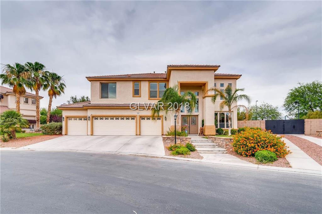4 bed / 3 full, 1 partial baths Home in Las Vegas for $595,000