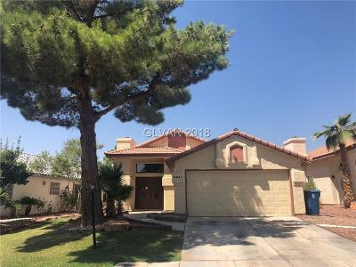 Single Family Home For Sale: 4945 Fiesta Lakes Street
