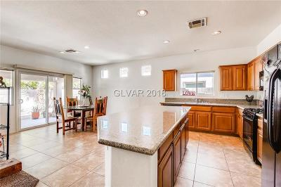 North Las Vegas Single Family Home For Sale: 128 Crystal Sunset Court