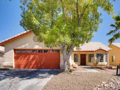 North Las Vegas Single Family Home For Sale: 3816 Iverson Lane
