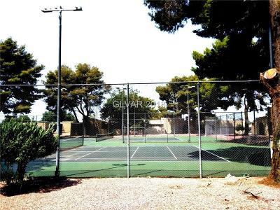 LAS VEGAS Condo/Townhouse For Sale: 51 Village Green Court