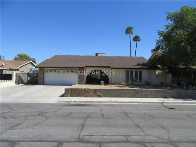 Las Vegas Single Family Home For Sale: 305 Broxton Lane
