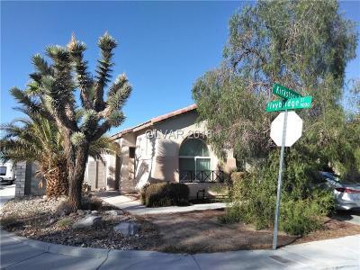 Single Family Home For Sale: 412 Kirkstone Way