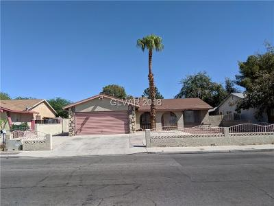Las Vegas Single Family Home For Sale: 809 Greenbrook Street
