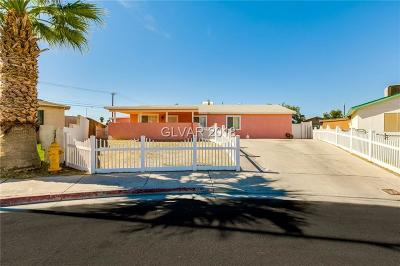 Las Vegas Single Family Home For Sale: 5245 Andover Circle