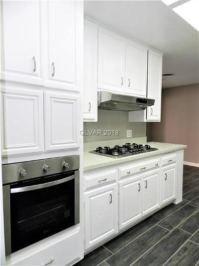 Single Family Home For Sale: 3086 Congress Avenue
