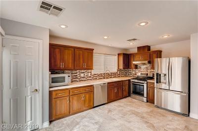 Single Family Home For Sale: 237 Fox Lake Avenue