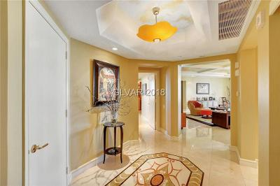 Las Vegas High Rise Under Contract - No Show: 2747 Paradise Road #1403