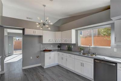 Las Vegas Single Family Home For Sale: 6121 Minerva Drive