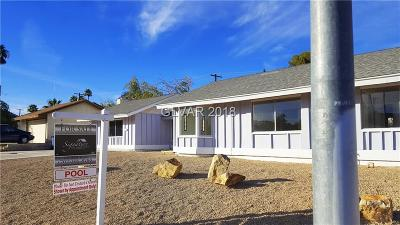 Las Vegas Single Family Home For Sale: 2284 East Viking Road
