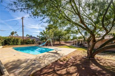 Single Family Home Under Contract - No Show: 2109 Alhambra Circle