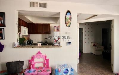 Las Vegas Condo/Townhouse For Sale: 6800 East Lake Mead Boulevard #1024