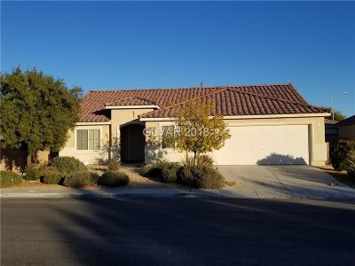 Las Vegas Single Family Home For Sale: 5920 Soaring Bluff Street