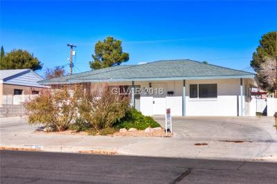 Boulder City Single Family Home For Sale: 724 Eighth Street