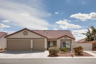 North Las Vegas Single Family Home Under Contract - No Show: 2221 Meadow Green Avenue