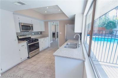 Single Family Home For Sale: 3067 Ocotillo Court