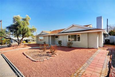 Single Family Home For Sale: 1824 Oakey Boulevard