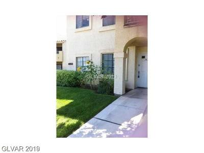 Condo/Townhouse For Sale: 4823 Torrey Pines Drive #102